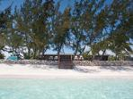 Hollywood Beach Suites - directly on a 7-mile beach