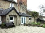 FRODOS, country holiday cottage, with a garden in Henstridge, Ref 1627