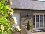THE COACH HOUSE, pet friendly, country holiday cottage in Chirnside, Ref 2994