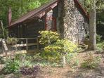 Creekstone Cabin - a rustic gem