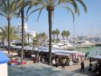 Sunday market in Estepona Marina in February !