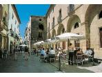 A leisurely lunch on the Calle Mayor in Jávea village