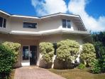 Ocean Cliffs Home: Oceanfront, a/c, close to beach, upscale neighborhood