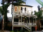 Stunning 3 BR/ 3BA overlooking famous Forsyth Park