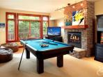 Billiards / Ping pong table (633)