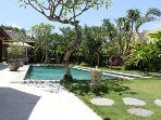 view garden / pool