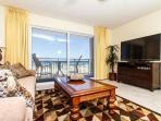 PI 117:Nicely UPDATED beachfront condo-Gulf view,Pool, Free Beach Service