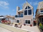 Oceanfront Single Family Beach house! Spacious Patio on the Sand! (68209)