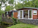 RIVER'S NEST, romantic, country holiday cottage, with a garden in Llangynog, Ref 3799