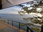 Embrace the exhillarating views of  sea, mountain, and wildlfe from every angle