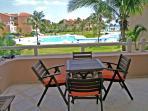 Villas del Mar Casita Coral terrace dining