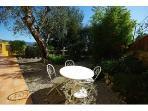 Villa Les Fauvettes - Garden table