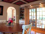 Villa Tranquila, Beautiful Breakfast Nook