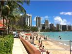 Stroll Waikiki Beach