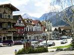 Leavenworth Shops
