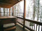 Private Deck with Hot Tub on main bedroom(s) flr off of the Wash room. Hot Towels out of the dryer?