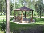 Wolf Park picnic Gazeebo