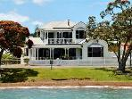 Russell Waterfront Holiday Home. A Must visit site