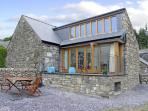 Y BEUDY, family friendly, luxury holiday cottage, with a garden in Trawsfynydd, Ref 4118
