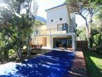 Sentinel View, Hout Bay. Luxury 4 bedroom Villa.