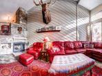 Cedars Townhomes Living Room Ski-in/Ski-Out Breckenridge Lodging