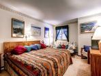Park Place King Bedroom & Futon Breckeridge Ski-in Lodging