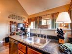 WIldwood Suites Kitchen Ski-in Breckenridge Lodging