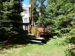 WIldwood Suites Outdoor Shared Hot Tub Ski-in Breckenridge Lodgi