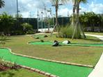 Mini Golf - 18 Holes