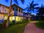 Immaculate landscaping and grounds.  Tranquil and peaceful and a short walk to the beach.  Ko Olina