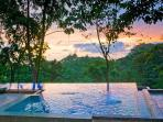 Perfect Manuel Antonio Sunset - From infinity Edge Pool