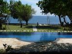 Villa Wilali - Peaceful Private Beachfront Villa