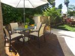 The garden - ideal for breakfast