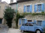 The Doll House - Charming 1 Bedroom St Remy de Provence Vacation Home
