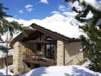 Val d'Isere Tignes charming Ski Chalet sleeps 14
