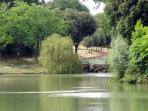 The nearby lake of Villa Pamphili ...