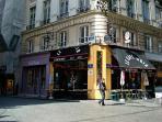 pedestrian neighborhood ! corner rue d'Argout x rue Montmartre