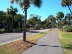 Walk to Beach, Golf, Bike Shop, Restaurants