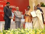 National Tourism award for best homestay in india receiving from Indian President Mr:Pranab Mukharji