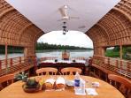 houseboats kumarakom