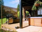 Covered Patio  - HOT TUB  - GRILL - OUTDOOR SHOWER