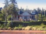 Howe Bay Beach House - PEI Luxury Vacation Rental