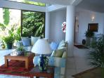 Casa Carter - Living Room