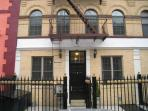 2 Bed Room ground floor with Garden Manhattan