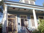Amazing New Orleans Uptown Home~2 Bd, Sleeps 6, Pets ok, Quick walk to Streetcar