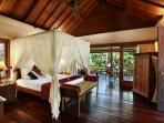Villa Bunga Wangi Lotus Suite
