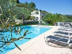 La Belle Vie 4 Bedroom Villa with a Pool and Terrace, Pet-Friendly, in Fayence