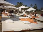 Nikki Beach also few minutes from Apartment
