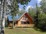 SUNSET BAY- Dog Lake-Lakefront Vacation Home