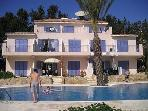 Paradise Villa - 3 bed villa with direct access to large shared pool
